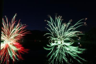 茶臼山芝桜 と 水中花火