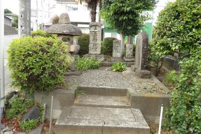 九沢橋の庚申塚(相模原市緑区下九沢)