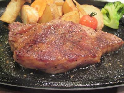 九州縦断旅(10)和牛日本一の鹿児島黒牛ステーキとブイヤベースDinner