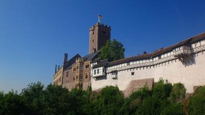 ドイツ大周遊(44) アイゼナッハへ移動し、ヴァルトブルグ城の見学 上巻。