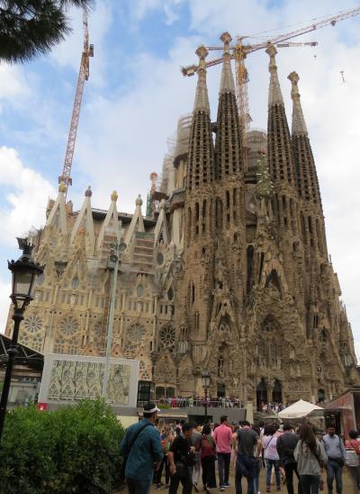 西地中海クルーズ(7)・・スペインで最も人気の芸術の街、バルセロナを訪ねます。