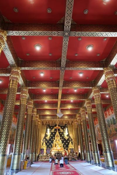 コーンケン1泊 チェンカン1泊 ペッチャブーン1泊 1500Kmの旅(下)☆静寂で気品あるお寺Wat Neramit Wipatsana Temple