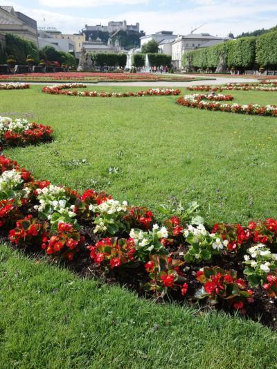 ミラベル宮殿・庭園で「サウンド・オブ・ミュージック」の場面に思いをはせる。