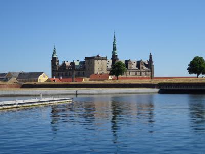 コペンハーゲン近くの世界遺産:クロンボー城とその周りの城たち
