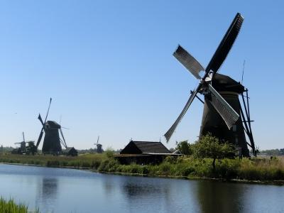 美しき花のオランダ・ベルギー5日間(④オランダ・憧れの風車村キンデルダイク)