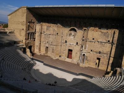 2017南仏ドライブ旅行(13):4日目オランジュ ~世界遺産のローマ劇場と凱旋門のある町~