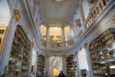 ドイツ鉄道の旅 バウハウスを訪ねて・・・ワイマール、アンナ・アマーリア大公妃図書館