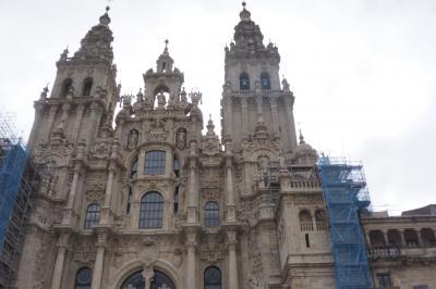 夫婦合わせて148歳、サンティアゴ・デ・コンポステーラへ