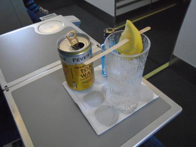 AY1365(HEL-MAN)ビジネスクラス機内食