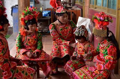 独特の文化や風習が今も息づく「空白地帯」  彝族(イ族)の住む村を訪ねて。