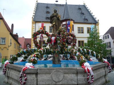 ドイツの春:番外編・フランケンの春、オースターアイ(復活祭の飾り卵)が見られる町や村を巡った。