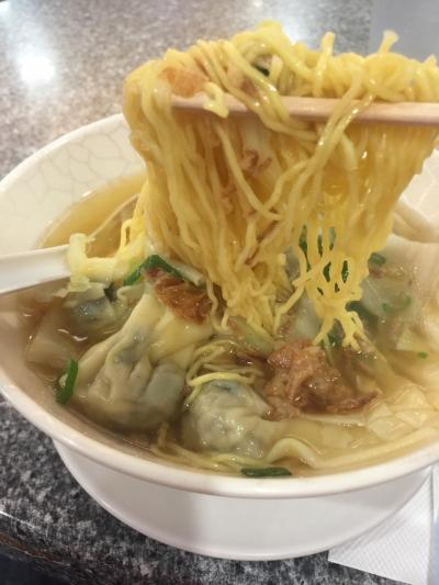 外食    ケアンズ    仕方ないから    中華麺 !      高〜い〜!       2018