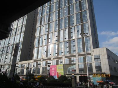 上海の宝山万達広場・巨大モール・開業2012年