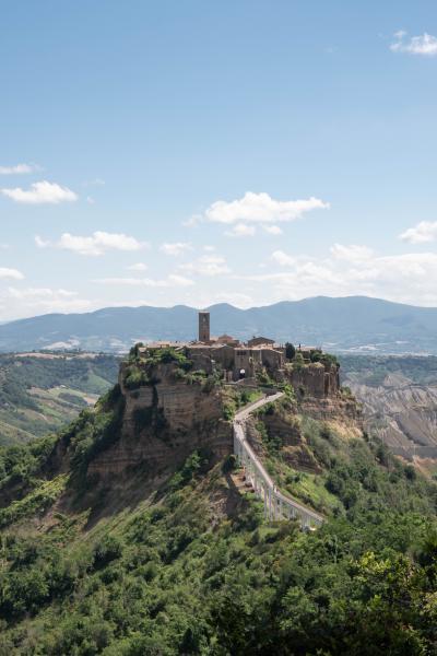 南イタリア中心に世界遺産を巡る旅 その9 ボマルツォ、チヴィタ・ディ・バーニョレージョ、オルヴィエート~ローマ