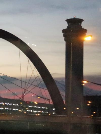 羽田空港へ 東京外環道・高谷ジャンクションは昨夕開通 ☆夕焼け空を見ながら