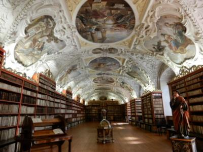 2017GW 初の東ドイツ~プラハ 【86】 プラハ2日め ストラホフ修道院図書館