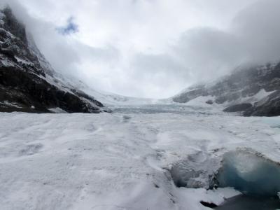 二度目の新婚旅行3日目(レイクルイーズ~コロンビア氷河~キャンモア)