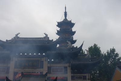 上海、杭州、街歩き、お寺詣り 上海龍華古寺