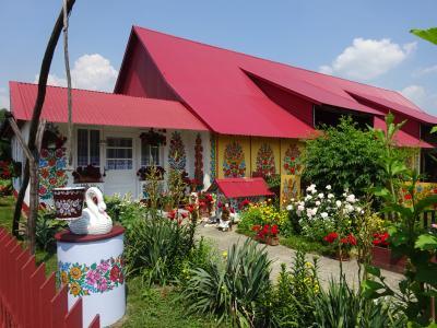 初夏のポーランド3都市めぐり9日間【4】3日目・お庭もお家の中も外観もお花いっぱい!ザリピエ村にONE DAY TRIP!