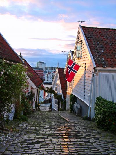 映画の世界をそぞろ歩き☆アナ雪の港町へ/スタヴァンゲル&ベルゲン【Fjordドライブ1300km-6】