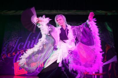 大阪市内漂流の旅~平成30年7月豪雨に足止めされるも、なんとか通天閣周辺の観光に切り替え。豪雨を避けた大衆演芸場では人情芝居に涙し、正真正銘、本場の串カツ、ミックスジュースも絶品です~