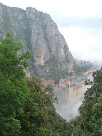 シニア夫婦のスペイン・ポルトガル周遊旅行(3)カタルーニャの聖地モンセラットへ
