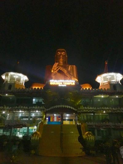ダンブッラ石窟寺院&激混みシーギリヤ日帰り訪問 2017-18年 年越しスリランカ&インド周遊(4)