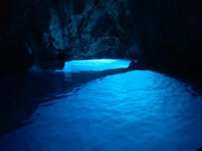 紺碧のアドリア海 クロアチア12日間 ⑤ ヴィス島