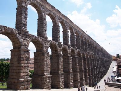 スペイン・セニョーラ 一人旅④【セゴビアの水道橋は圧巻!アルカサスを鑑賞】