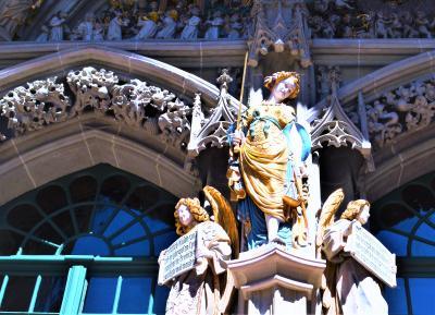 スイス、半端ないってー☆*. 絶景スイス 2018 ③ 噴水とクマ☆バラが咲く街☆*.首都ベルン~♪