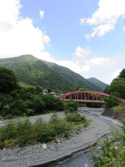 芦安温泉_Ashiyasu Onsen  南アルプスの玄関口!バイク好きのオーナーが営む温泉ペンションでまったり