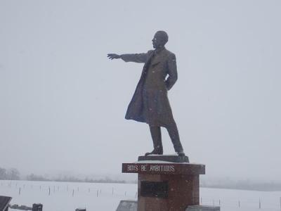雪まつりが見たくて札幌(8)雪の羊ヶ丘展望台「少年よ大志を抱け」