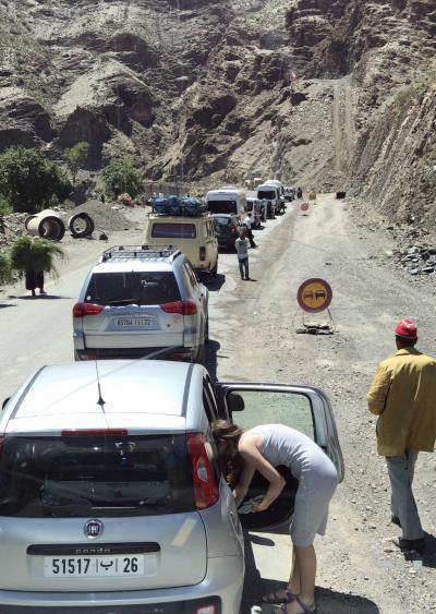 はじめてのモロッコ5、マラケシュから砂漠の村メルズーガへ (5日目)