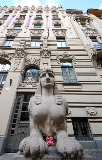 癒しを求めてリトアニア&ラトビアへ行ったはずが(10)想像力を刺激するユーゲントシュティール建築群