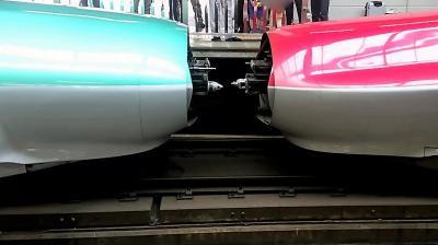 盛岡駅へ新幹線を見に行きました