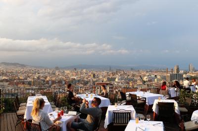 2018年ヨーロッパその3、バルセロナ、丘のレストラン、海のレストラン