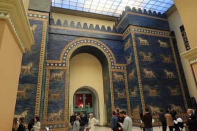 ドイツ鉄道の旅 バウハウスを訪ねて・・・世界遺産ベルリン・博物館の島