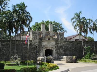 2018夏 セブ3泊4日旅 (2)セブの町へ 要塞・教会・マゼランとスペイン