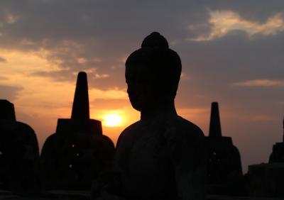 インドネシア・ラヤ! 6日目の1 ボロブドゥール寺院群