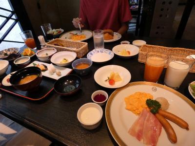 妻の親兄弟と飲む甲府1泊 ホテル談露館 レストラン錦の朝食