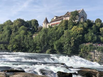 ボーデン湖とチロルを巡る鉄道の旅 8泊10日 Vol.1 チューリッヒからシャフハウゼン、シュタイン・アム・ラインまで