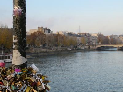 パリへ。ハルキとかおるの一週間の旅 ~朝のルーヴル美術館~