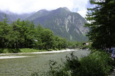 カメラ片手に、上高地と高山を歩く3日間 1日目は上高地到着と明神池散策 ほか