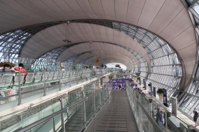 弾丸バンコク4★娘9か月3度目のタイDay2 タイ航空利用バンコクから香港へ