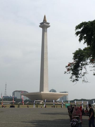 避暑地インドネシアへ~7月29日(日)、3秒で鼻の穴が真っ黒になる街。~