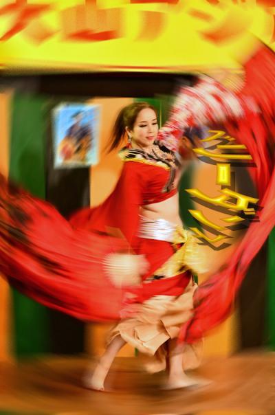 昭和のレトロの昭和横丁で第3回犬山アジア友好祭