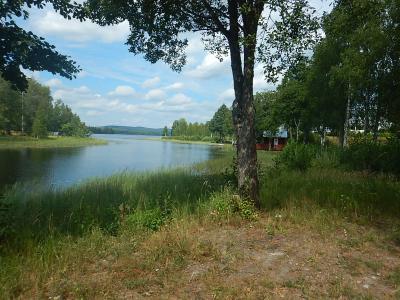ノルウェーの名もなき所を自転車で 森と湖と田舎町