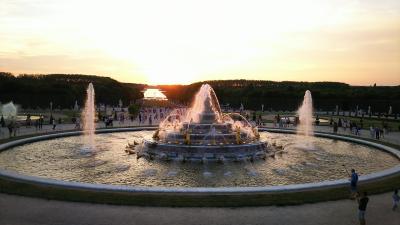 2018夏 フランス・ドイツ周遊 到着初日から活動開始 ヴェルサイユ夏の夜・噴水と音楽と花火の祭典