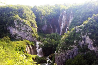 古希記念旅 クロアチア・スロベニアを巡る 6日目 緑の渓谷プリトヴィッツェ湖群国立公園
