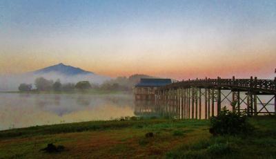 幻想的風景 早朝の『鶴の舞橋』